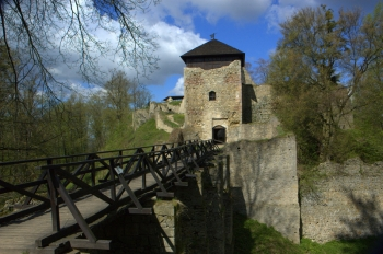 Zřícenina hradu Lukov.