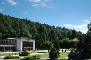 Pavilon Vincentky je součástí lázeňské kolonády Luhačovic.