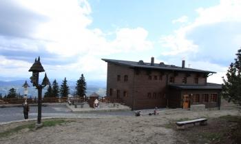 Obnovená Bezručova chata na Lysé hoře.